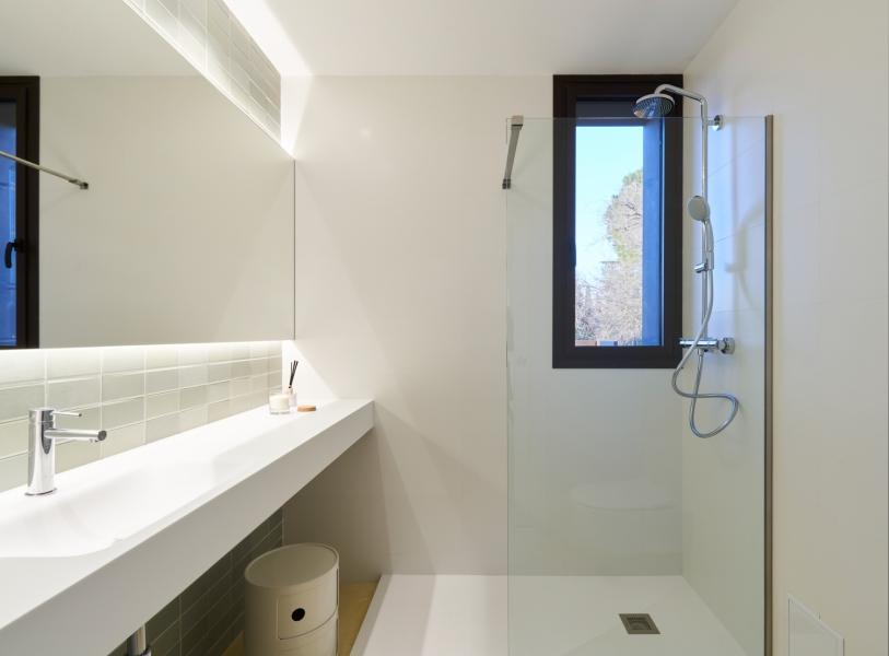 baño2-casa-saus-emporda